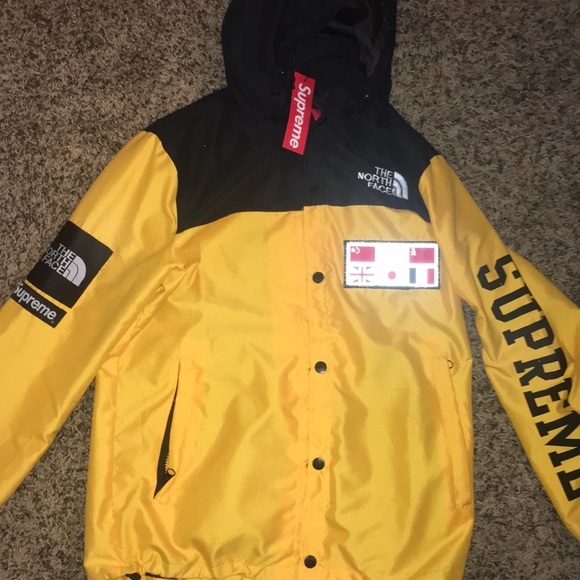 Supreme X The North Face Expedition Coaches Jacket 259fd977d